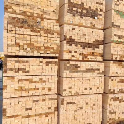 辐射松建筑方木报价 腾达木业 工地用辐射松建筑方木定制