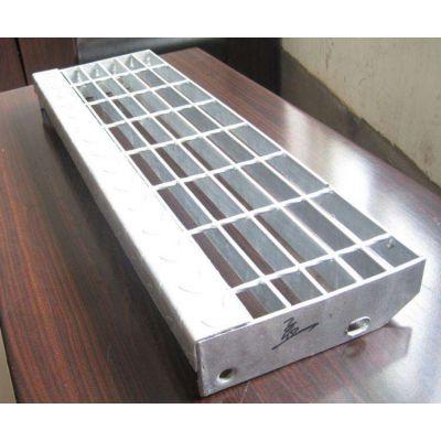 安庆市报价合理 热镀锌钢结构平台踏步板 地沟格栅板 船用脚踏板 永不生锈