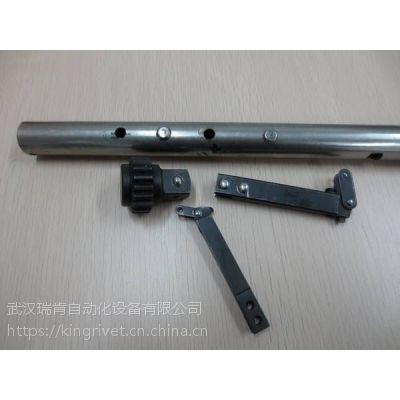 高铁刹车片铆接机,飞机刹车片铆钉机,武汉瑞肯BM6T台式旋铆机