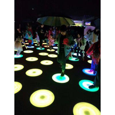 发光跑彩色部落,七彩跳跳板,彩色跑 大型炫彩互动感应装置出租赁