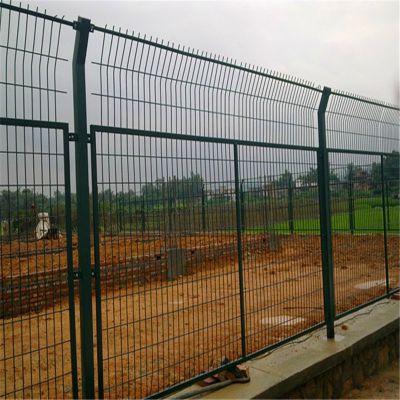 道路护栏网 钢丝围墙网 围墙网量大从优