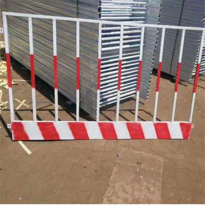网片式防护栏杆、河口临边基坑围栏、角铁工地安全围栏