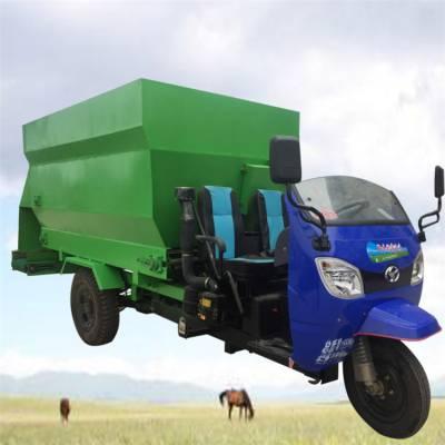柴油大型撒料车 搅拌喂料一体机 自动化牛羊撒草机